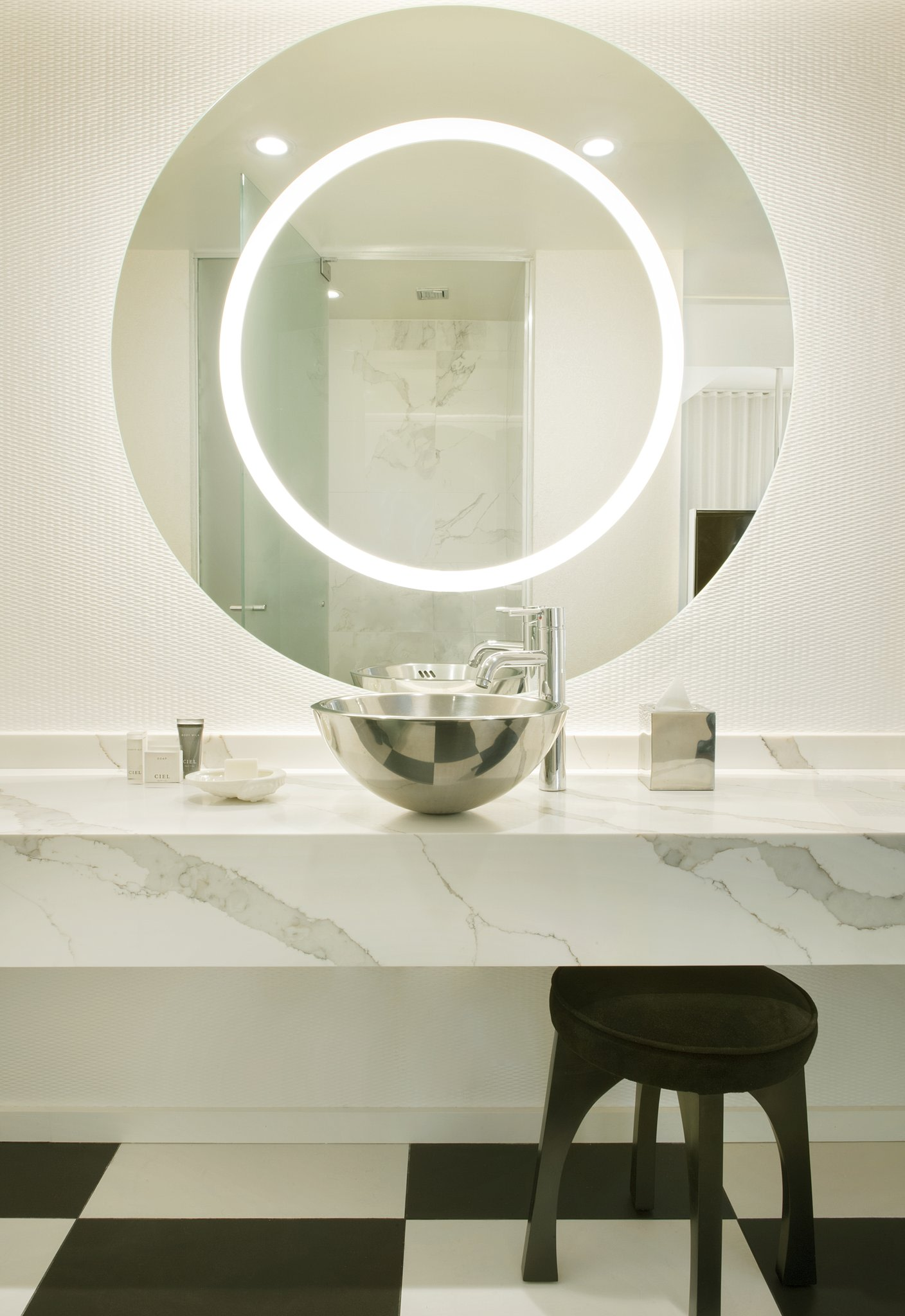 MLAStudio Suite Bathroom Mirror