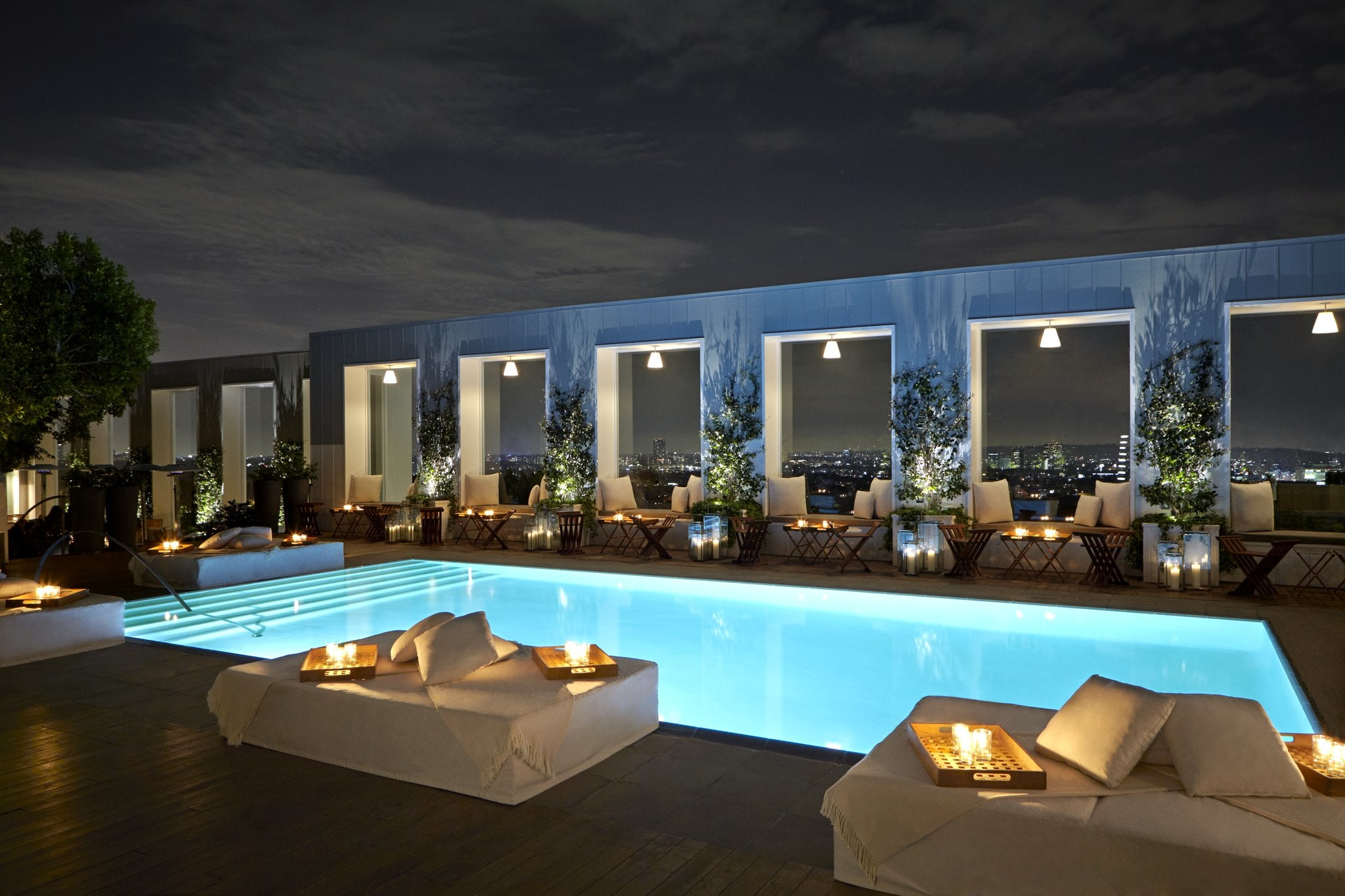 Skybar Pool Night