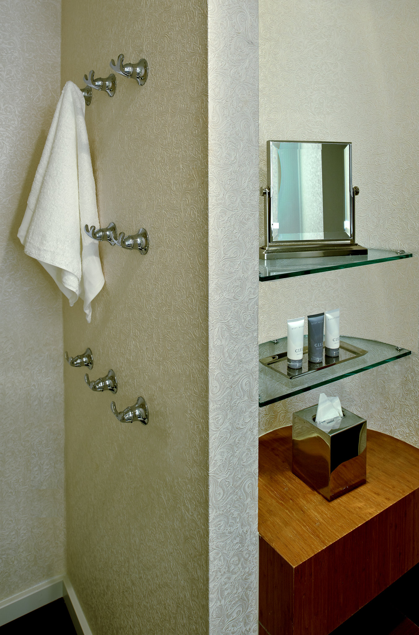 MLAOne Bedroom Bathroom Amenities