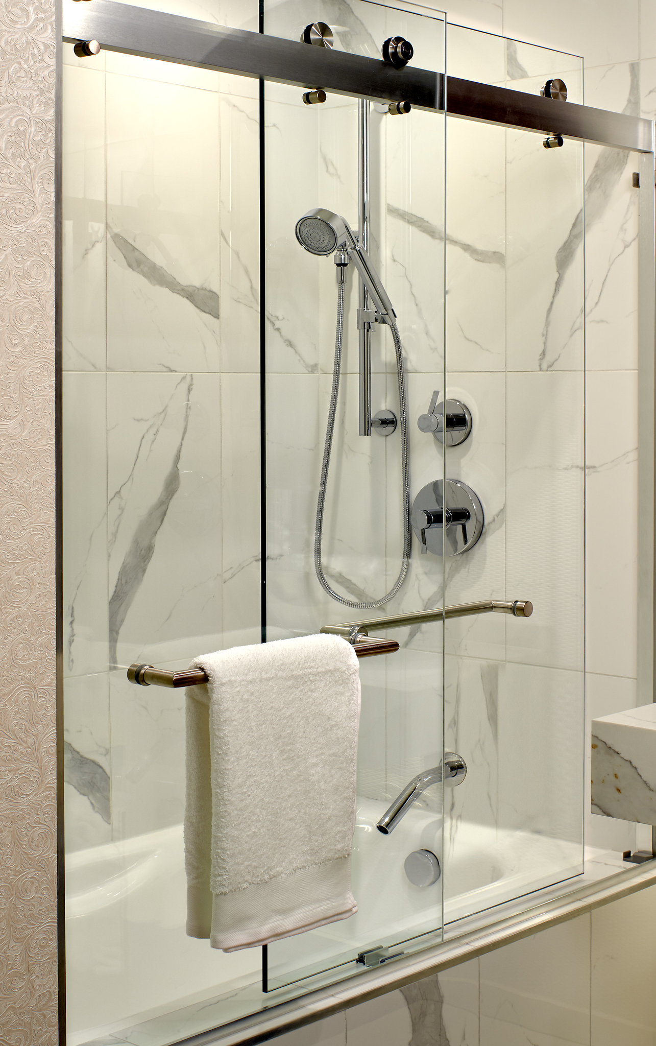 MLAStudio Double Shower