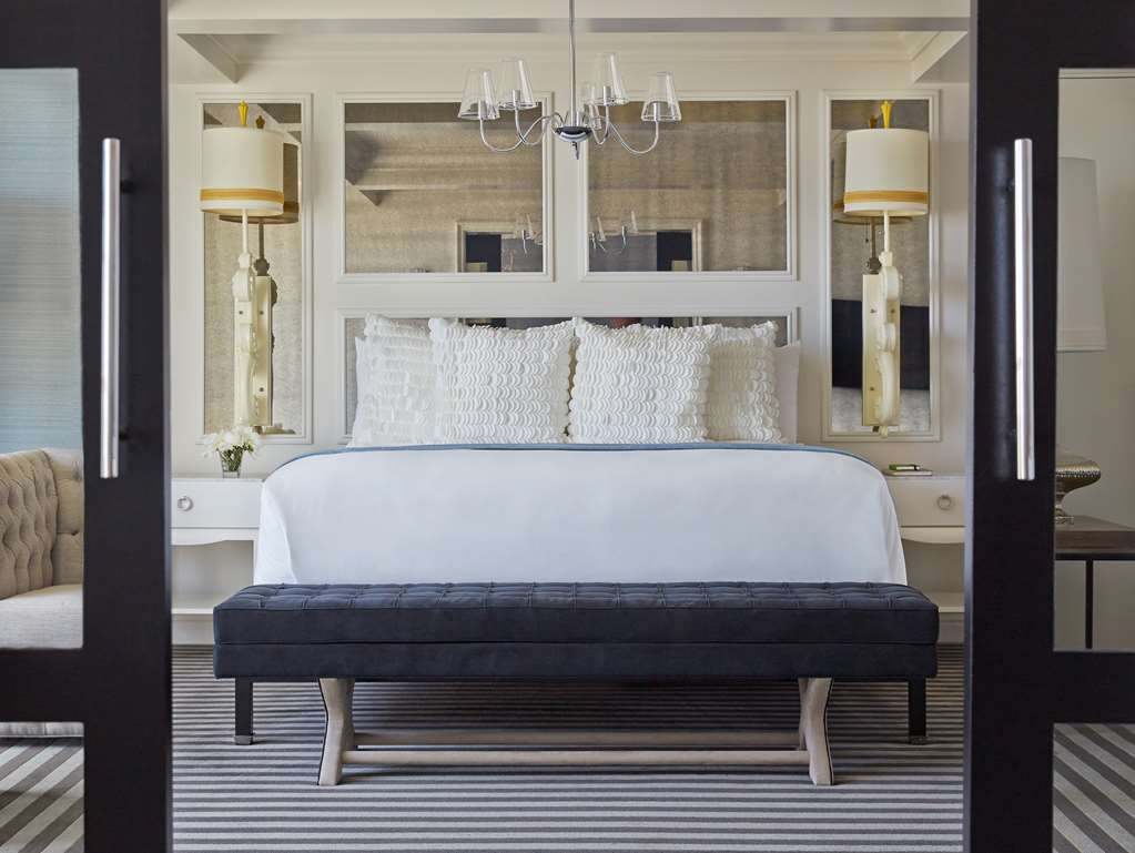 Viceroy Monarch Suite Bed